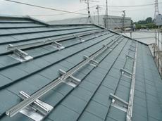 春日部市 太陽光発電システム設置 横桟を設置するとこのようになります。 リフォーム
