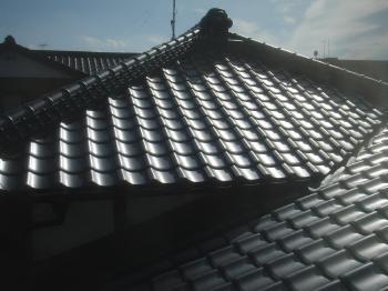 屋根葺き替えリフォーム 春日部市 和型銀黒 リフォームのオガワ