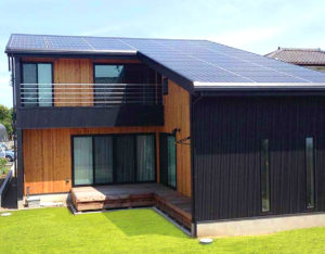 太陽光発電システム(スレート屋根用 多結晶3.5kw)