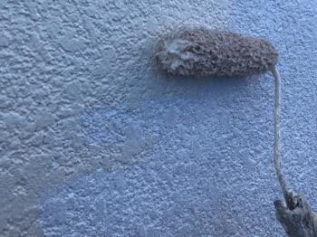 外壁塗装の様子です。