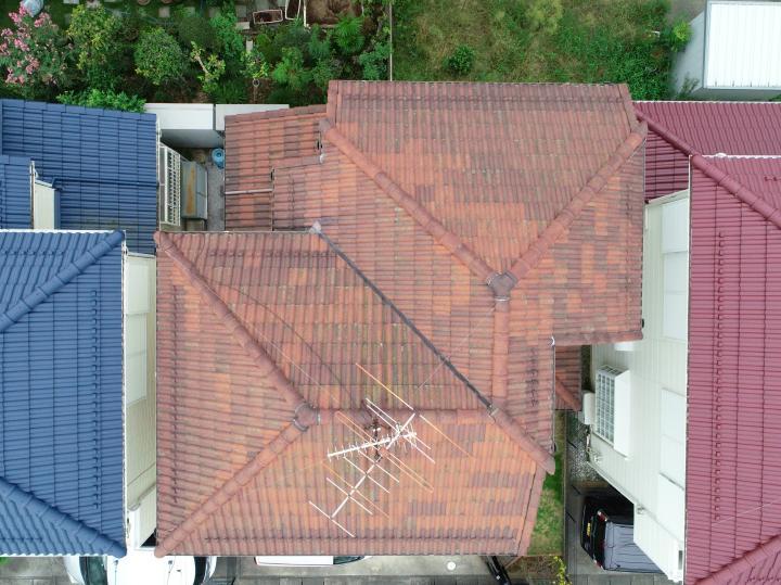 ドローンカメラでも屋根の様子を確認しました。